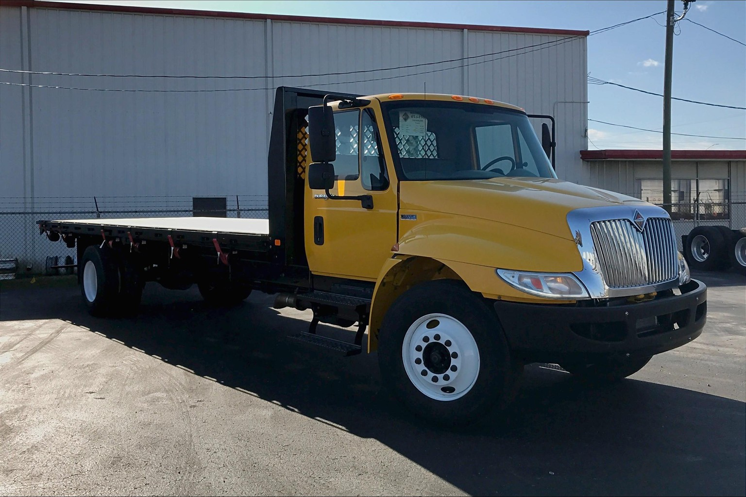 2014 International 4300 SBA 4X2