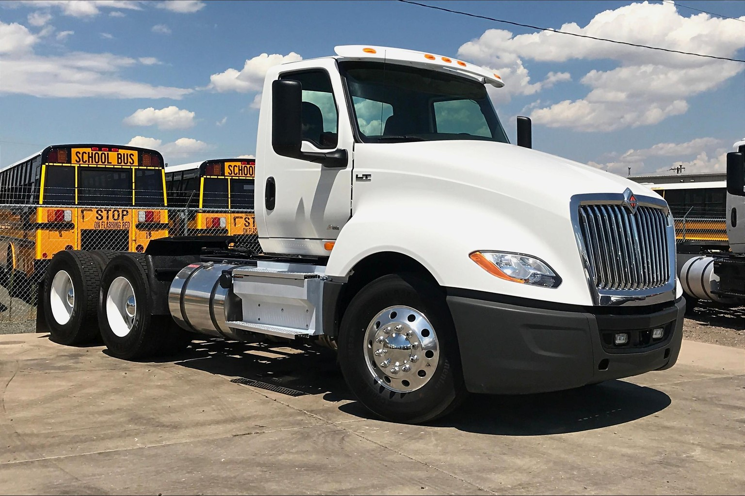 2018 International LT625 6x4