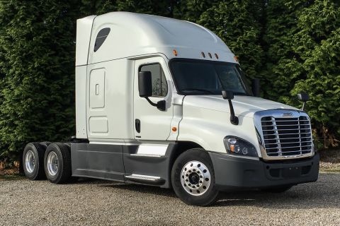 Used Freightliner Trucks For Sale | International Used Truck Centers