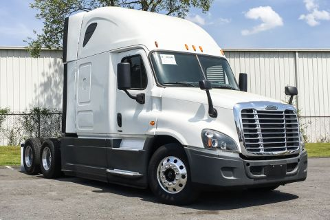 2015 Freightliner Corp. CASCADIA