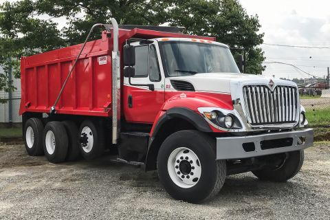 Pre-Owned 2016 International 7400 SFA 6X4 Day Cab