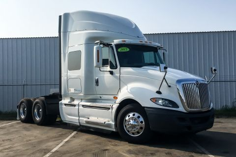 Pre-Owned 2015 International PROSTAR+ 122 6x4 Sleeper